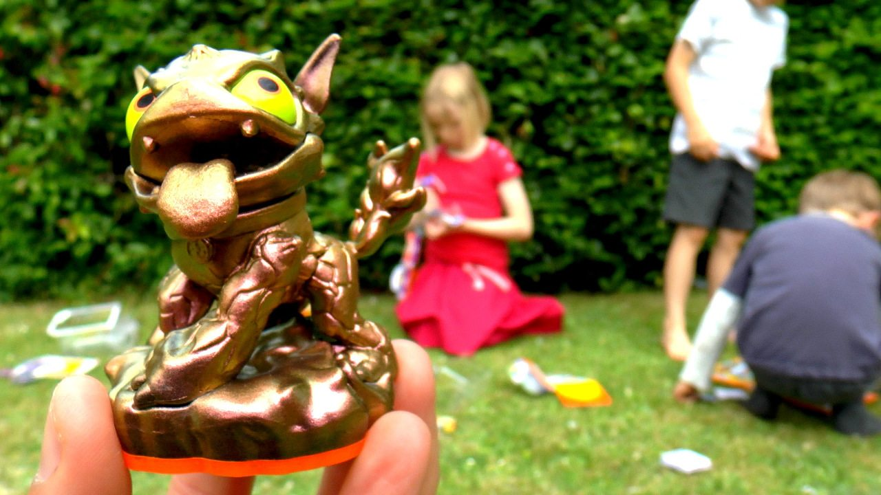 Skylanders Swap Force Special E3 Bronze Hot Dog Unboxed